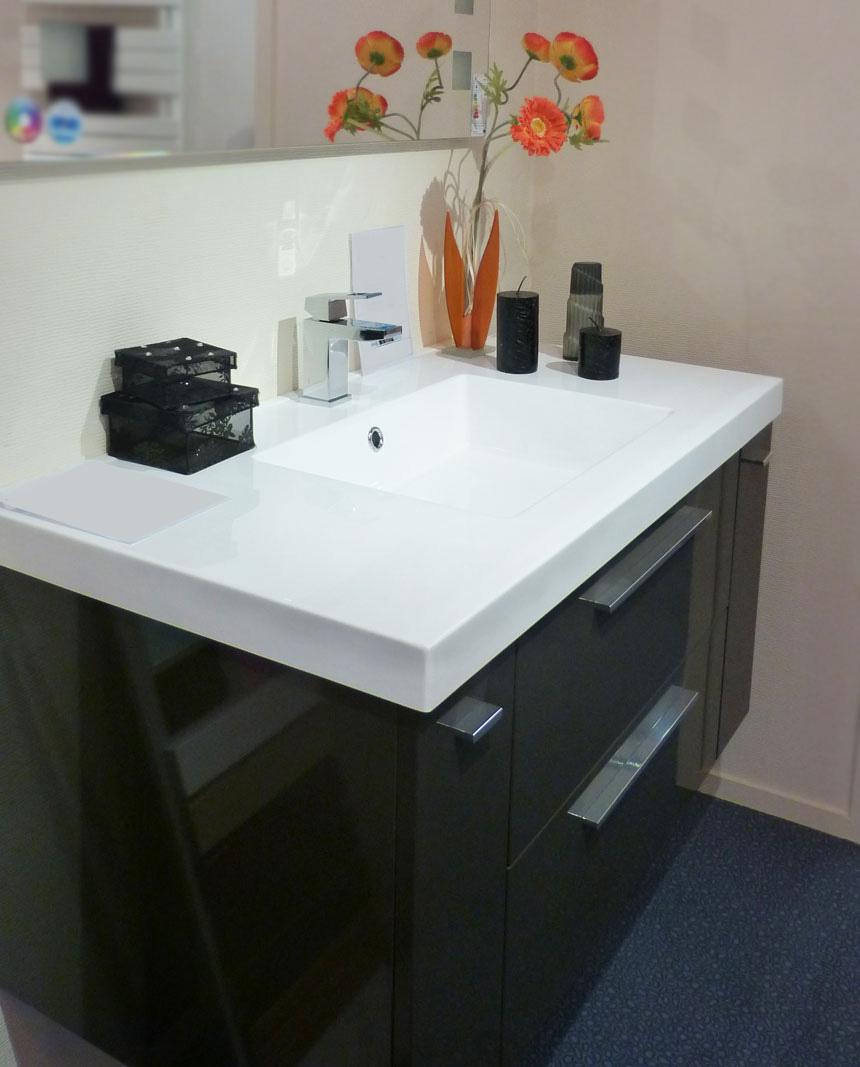 Salle de bain lorient guidel boris d cor sp cialiste de for Catalogue sdb